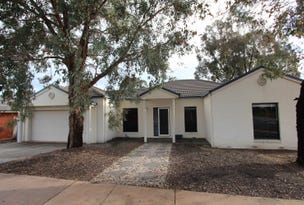 18 Peppertree Grove, Strathdale, Vic 3550