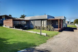 12 A & B Bills Street, Lakes Entrance, Vic 3909