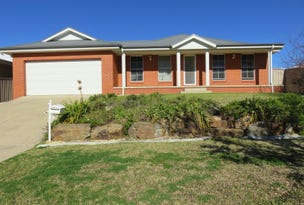 44 Yarrawah Cresent, Bourkelands, NSW 2650