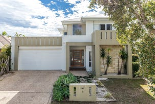 5 Staysail Place, Twin Waters, Qld 4564