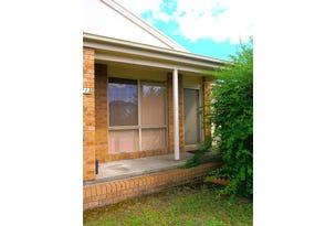 2/11a Railway Avenue, Thornton, NSW 2322