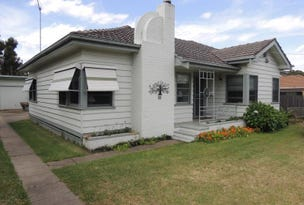 15 Maffra Road, Heyfield, Vic 3858