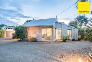 1 Hibiscus Avenue, Moore Park Beach, Qld 4670