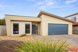 21 BLUE WATER CIRCLE, Cape Paterson, Vic 3995
