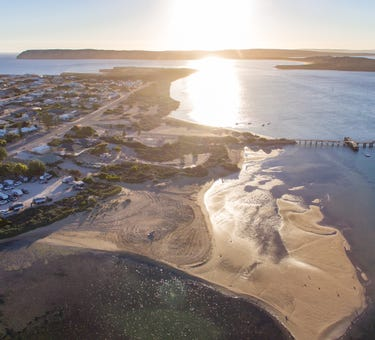 Venus Bay, address available on request