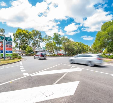 Noosa Village Shopping Centre, CNR Gibson and Mary Road, Noosaville, Qld 4566