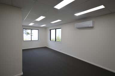 3/11 Templar Place Bennetts Green NSW 2290 - Image 4