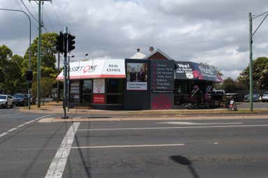 120A Herries Street East Toowoomba QLD 4350 - Image 2