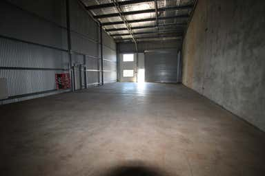 2/15 Freighter Avenue Wilsonton QLD 4350 - Image 4