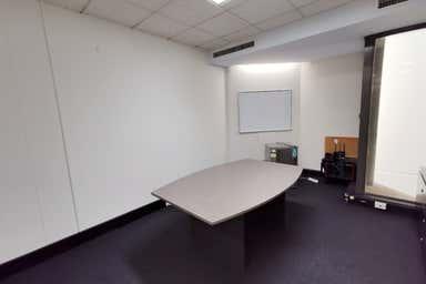 18/Level 5, 231 Adelaide Terrace Perth WA 6000 - Image 3