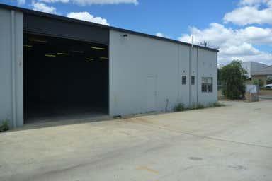 1/7 Elmsfield Road Midvale WA 6056 - Image 3
