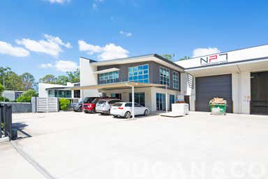 21 Hugo Place Mansfield QLD 4122 - Image 3