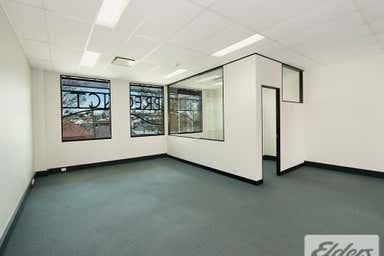12/14 Browning Street South Brisbane QLD 4101 - Image 4