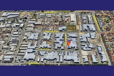 2/2 Kalinga Way Landsdale WA 6065 - Image 3