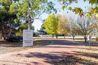Middlebrook Estate 252 Sand Road McLaren Vale SA 5171 - Image 3