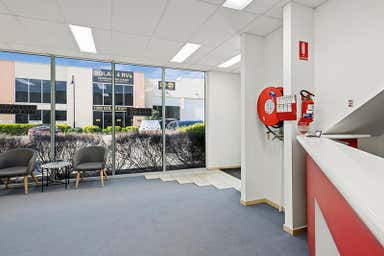 2/5 Kelletts Road Rowville VIC 3178 - Image 3