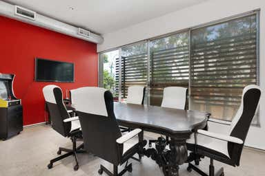 4/34 Commercial Road Newstead QLD 4006 - Image 4