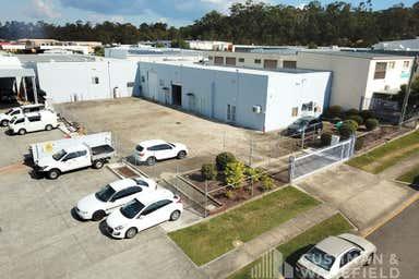 12 Barnett Place Molendinar QLD 4214 - Image 4
