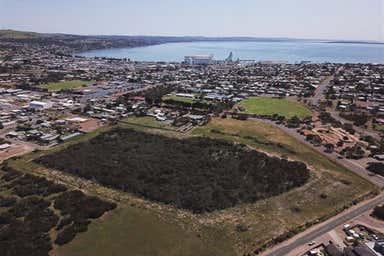 84 St Andrews Terrace Port Lincoln SA 5606 - Image 3