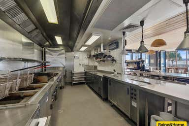 1 McCulloch Avenue Margate QLD 4019 - Image 4