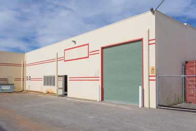 Unit 3, 133 Kelvin Road Maddington WA 6109 - Image 3