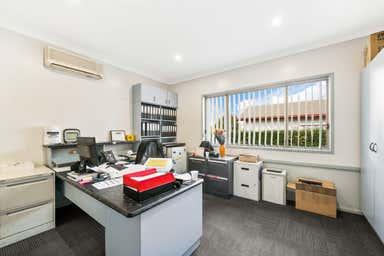 84 Drayton Road Harristown QLD 4350 - Image 3