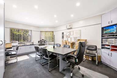84 Drayton Road Harristown QLD 4350 - Image 4