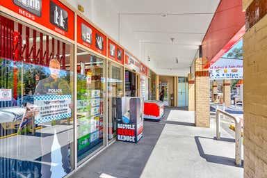 4/85 Joseph Banks Avenue Forest Lake QLD 4078 - Image 3