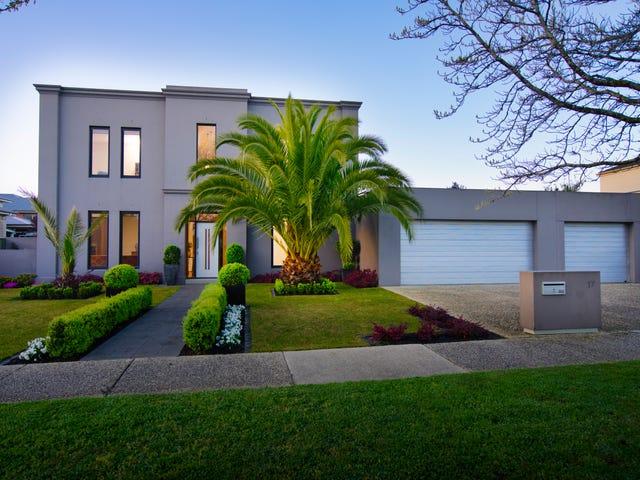 17 Lake Gardens Avenue, Lake Gardens, Vic 3355
