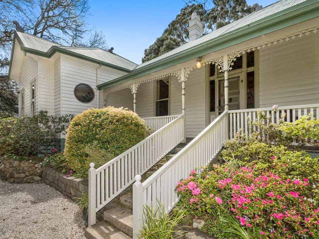 1 Pinchoff Lane, Mount Macedon, Vic 3441