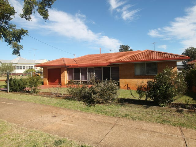 745 Ruthven Street, South Toowoomba, Qld 4350