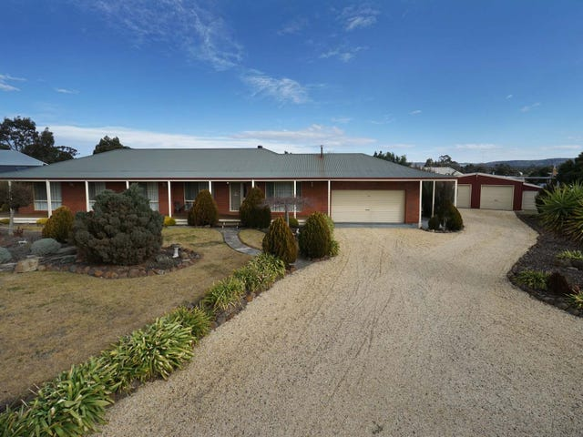 38 Canterbury Street, Clunes, Vic 3370