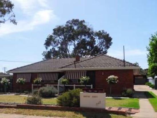 3-247 Bourke Street, Tolland, NSW 2650