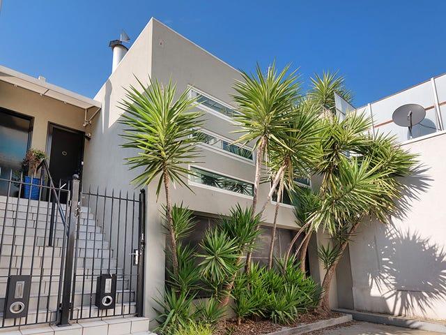 1 Kyme Place, Port Melbourne, Vic 3207