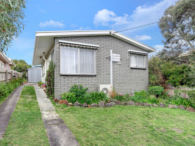 87 Fourth Avenue, Rosebud, Vic 3939