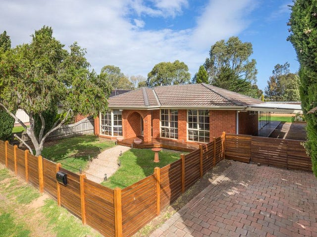 11 Cameron Drive, Hoppers Crossing, Vic 3029