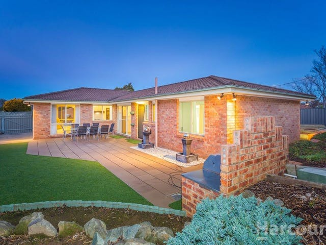 53 Cossington Smith Crescent, Lyneham, ACT 2602