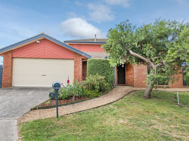 14 Goshawk Court, Carrum Downs, Vic 3201