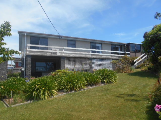6 Laurel Place, Ulverstone, Tas 7315