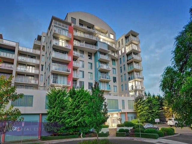 5005/2 Sovereign Point Court, Doncaster, Vic 3108