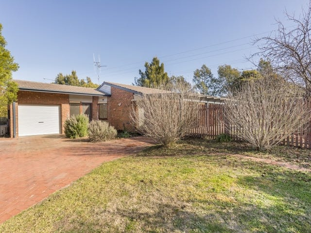 14 Russell Place, Queanbeyan, NSW 2620