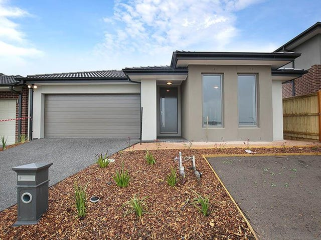 53 Thoroughbred Drive, Clyde Nort, Clyde North, Vic 3978