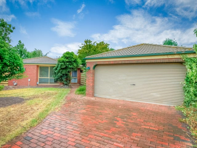 8 Radford Court, Brookfield, Vic 3338
