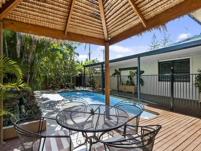 32 Coogeen Street, Sorrento, Qld 4217