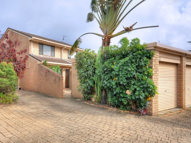 Unit @ 105 Christine Avenue, Burleigh Waters, Qld 4220