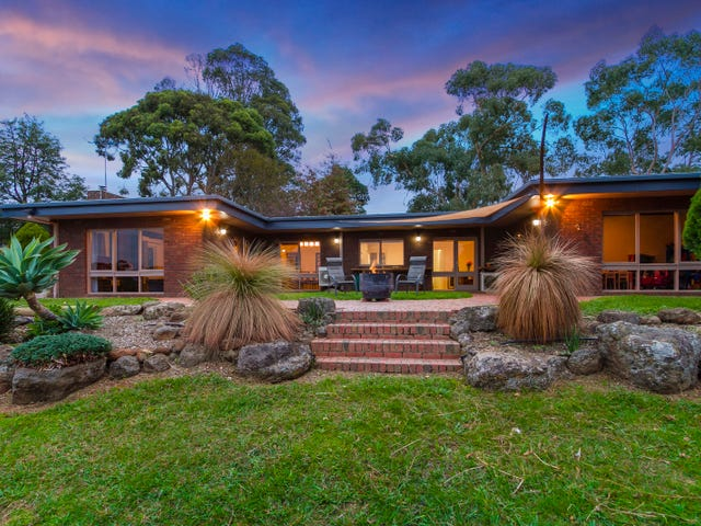 5 Cherry Road, Macclesfield, Vic 3782
