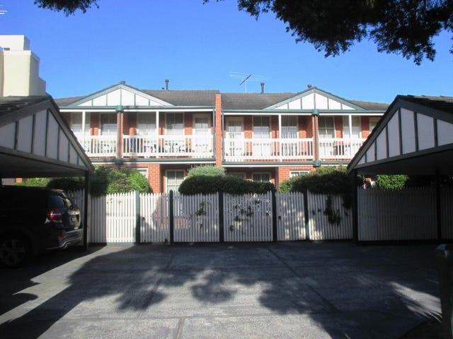 2/1A Kokaribb Road, Carnegie, Vic 3163