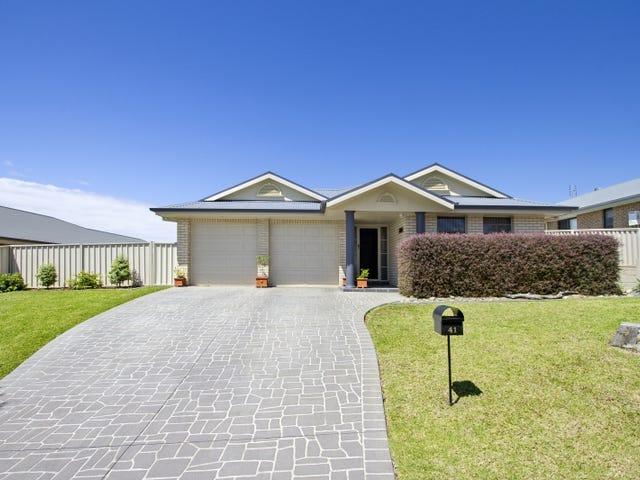 41 Royal Mantle Drive, Ulladulla, NSW 2539