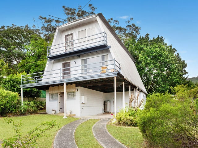6 Priestley Parade, Point Clare, NSW 2250