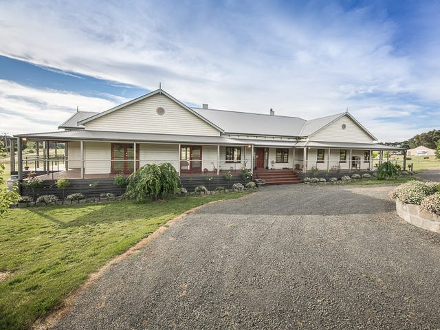 102 Donovans Road, Woodend, Vic 3442